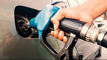 Lower gas, oil prices could boost holiday spending, economy
