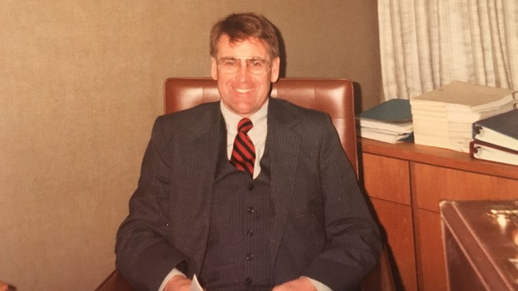 Bob worked as a manager at 3M for more than 30 years, while also volunteering in his church and community and helping to raise three strong girls.