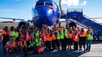 Hawaii flights drop to $327 roundtrip as Southwest completes first flight