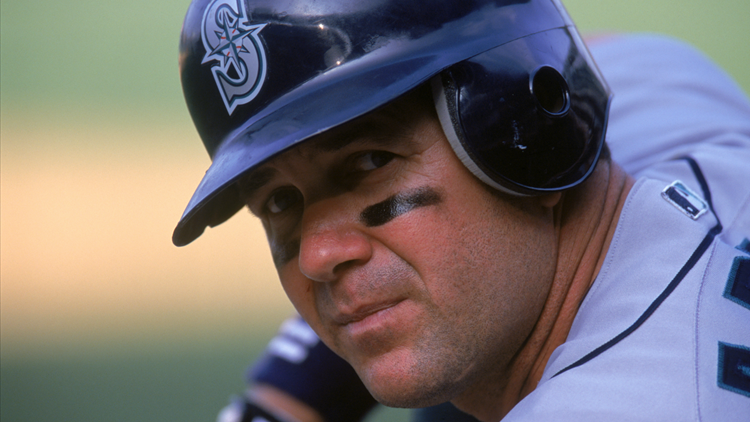 Mariners legend Edgar Martinez reacts to Hall of Fame announcement