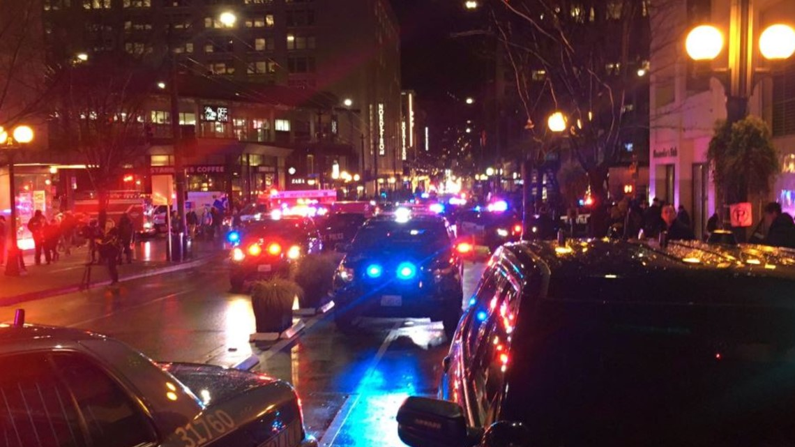 1 dead, 7 hurt in Seattle shooting that police say was not random; suspects at large