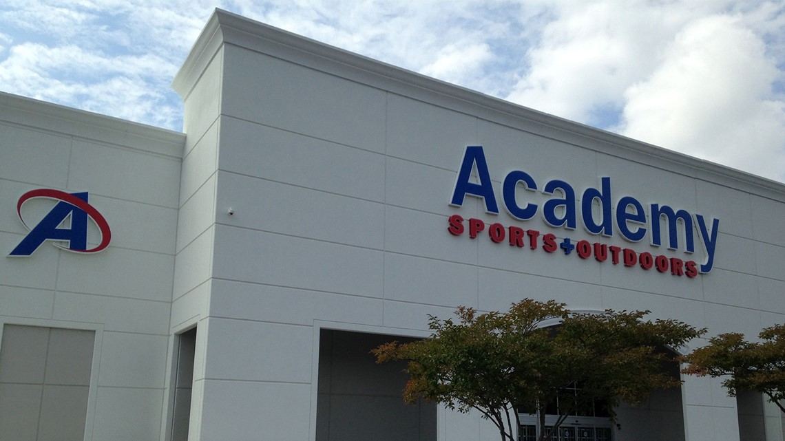 wfmynews2.com | Academy Sports rehires Florida manager who tackled gun theft suspect