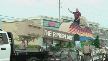 Cal Ripken Jr. and Paula Deen headline Pigeon Forge spring parade