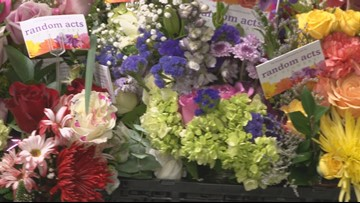 Random Acts of Flowers Delivers 100K Bouquets In Tennessee