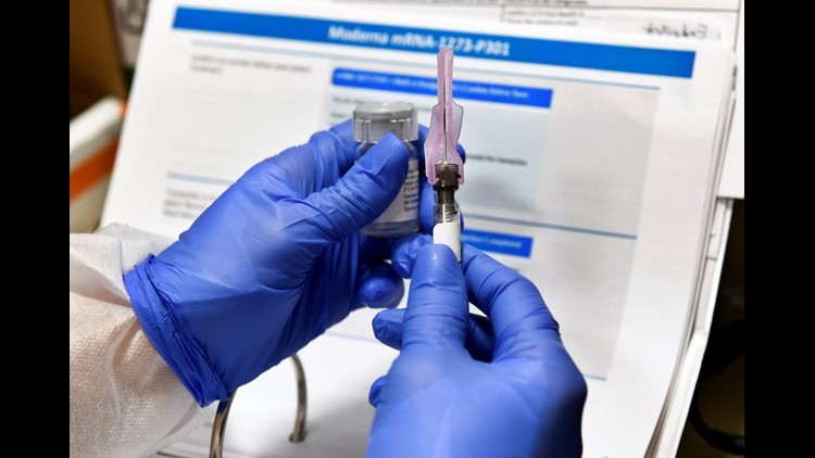 Moderna asking US, European regulators to allow emergency use of its COVID-19 vaccine