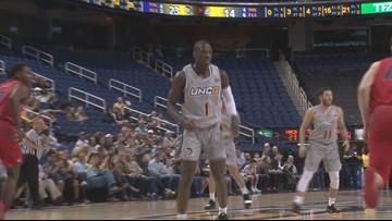 Men's Basketball Adds To Longest Winning Streak This Season