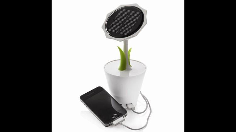 Solar Flower Pots Built For Your Smartphone & Solar Flower Pots Built For Your Smartphone | wfmynews2.com