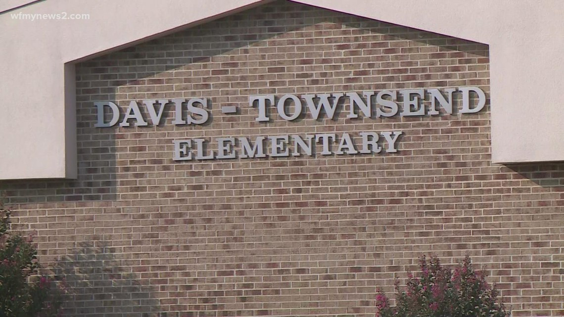 Davidson County Schools votes to make masks optional in the classroom