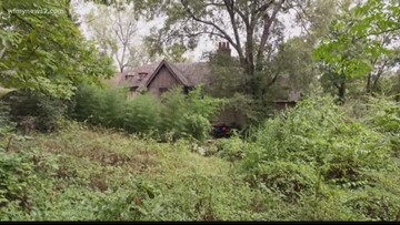 Once Featured On Hoarders Look At The Julian Price House