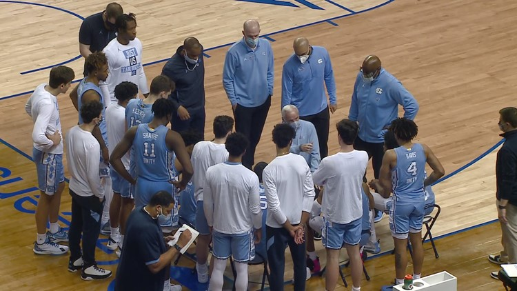 Roy Williams coaches North Carolina during timeout
