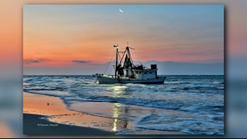 PHOTOS | Shrimp Boat Stuck on Holden Beach | wfmynews2 com