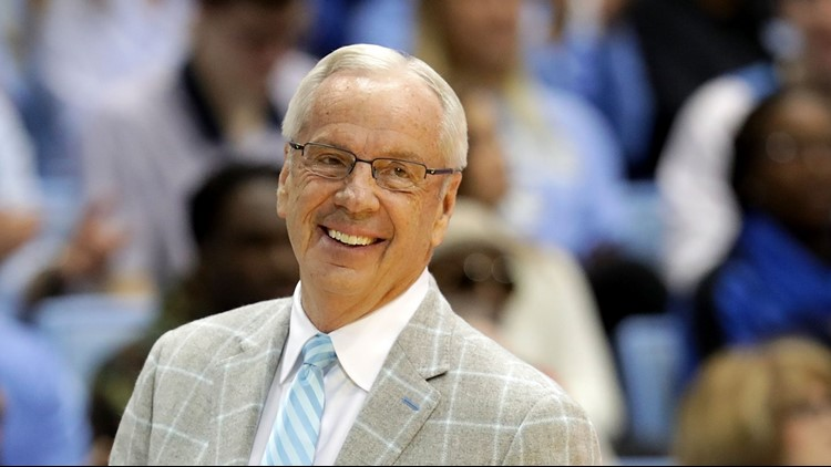 College basketball reacts to Roy Williams' retirement on social media