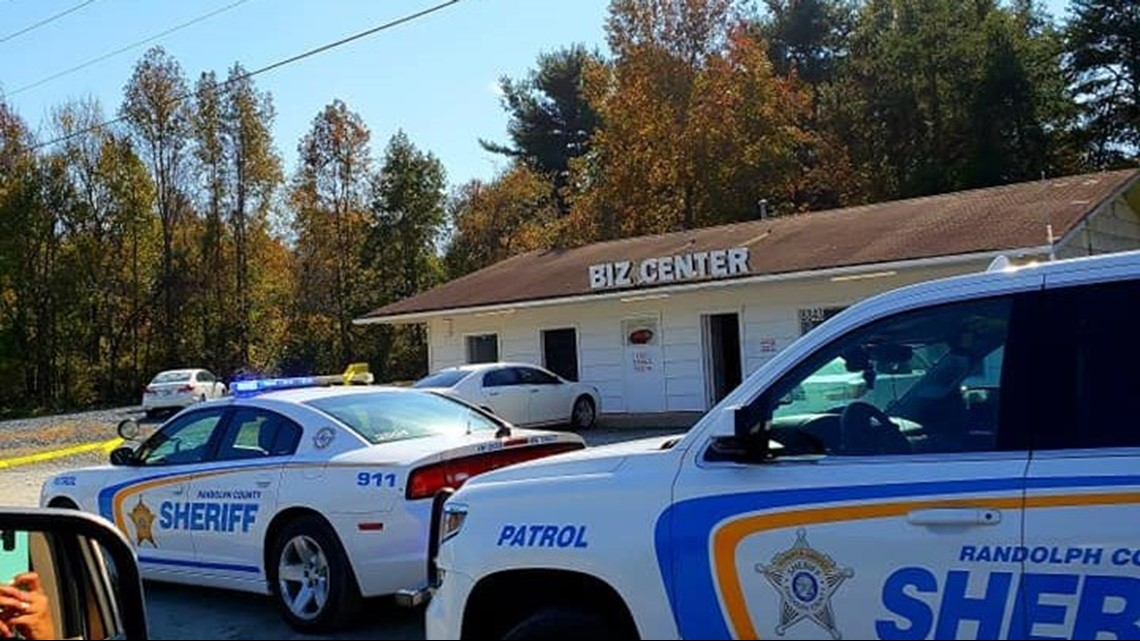 Man Wearing Camo Hunting Mask Robs Bank in Archdale: Police