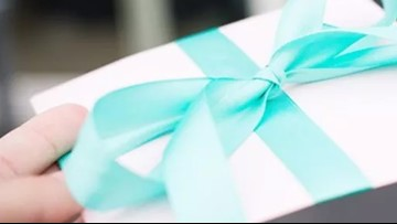 The 'Secret Sisters Gift Exchange' Is a Scam: Holiday Reminder