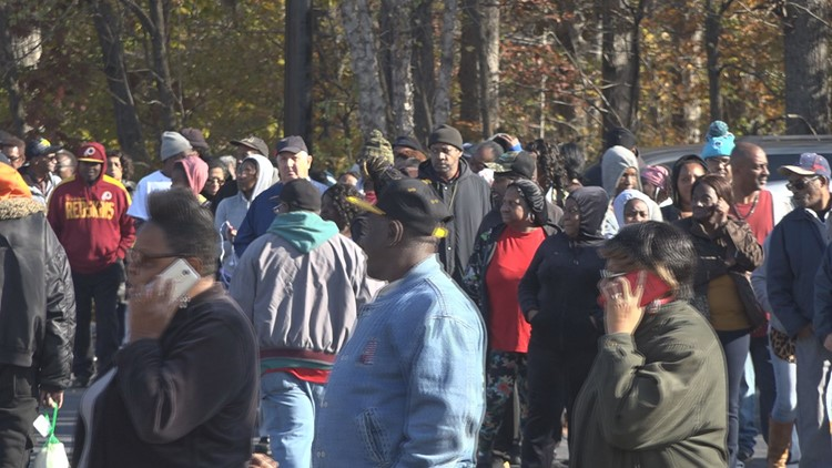 Fight Holiday Hunger: LawndaleBaptist Church, Williams Memorial Church Feed Thousands in Triad