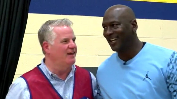 Michael Jordan Returns to NC to Meet with Hurricane Victims