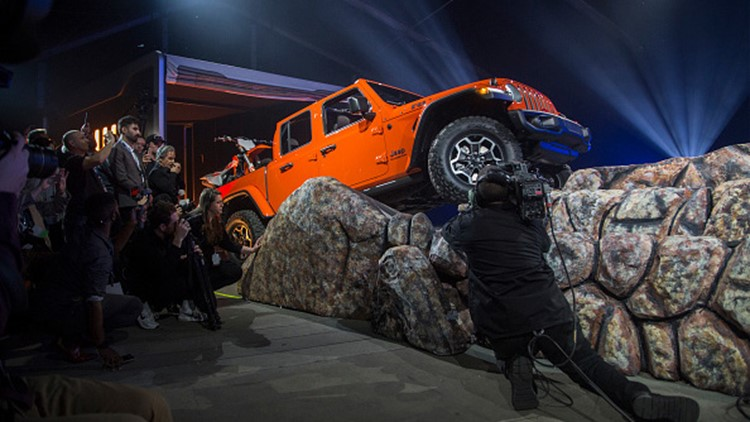 Jeep Gladiator Truck Finally Revealed At La Auto Show Wfmynews2 Com