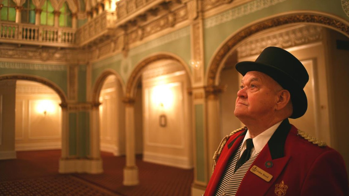 Historic Hotel Honors Late Doorman by Displaying His Red Coat