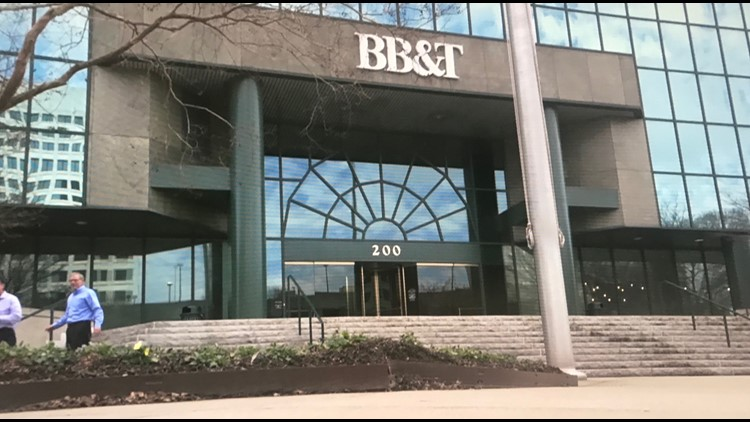 Her Bank Account Was Drained of $2,000 in 30 Minutes, BB&T Warns About Bank Scam Text