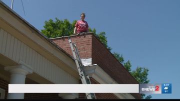 Oak Ridge Elementary School Principal Spends a Day on the Roof