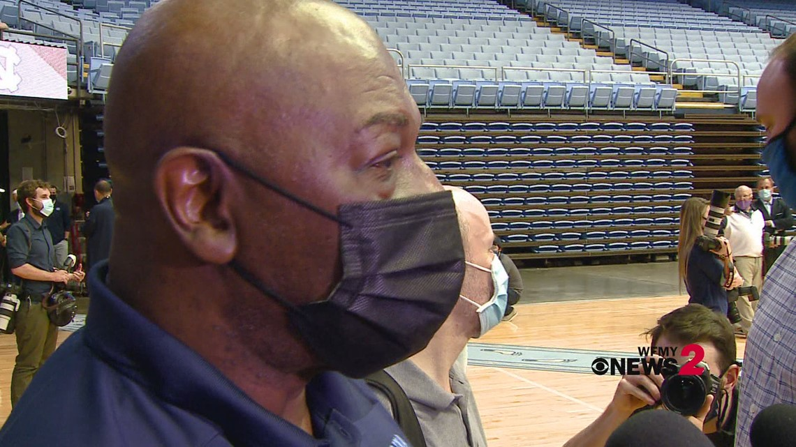 Former UNC basketball assistant coach Phil Ford talks about Hubert Davis