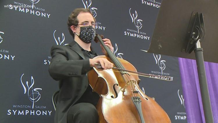 Winston-Salem symphony starts performances at vaccine clinic