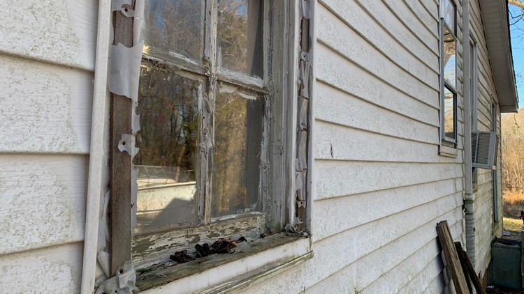 Window replacement turns complicated for Summerfield family, so they called 2 Wants to Know