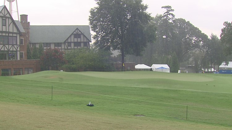 Wyndham play suspended for day due to rain