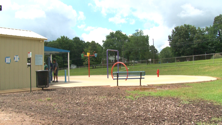 Parents concerned over splash pad's safety in Denton, county leaders inspecting site