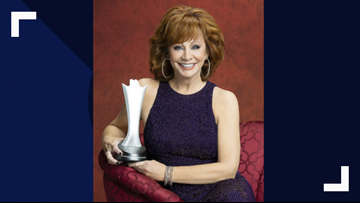 Reba McEntire to Host American Country Music Awards
