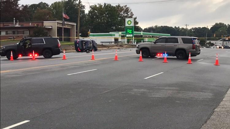 1 dead in rollover crash in Greensboro