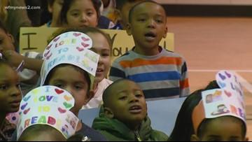 Read 2 Succeed: Oak Hill Elementary