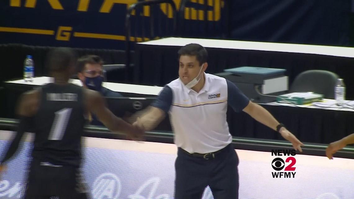 Wes Miller UNCG basketball coach going to Cincinnati