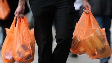 NY Gov. Andrew Cuomo, Lawmakers Reach Deal To Ban Plastic Bags