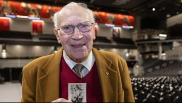 Ohio WWII veteran, 94, to get his college degree 73 years later