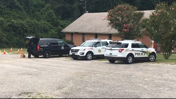 1 person shot at a South Carolina church by robber Sunday morning: Police