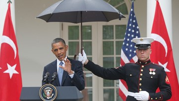 U.S. Marines Now Allowed to Carry Umbrellas