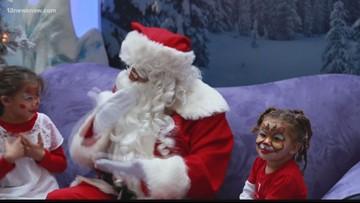 Santa Begins Using Sign Language, Shocks Hearing-Impaired Children