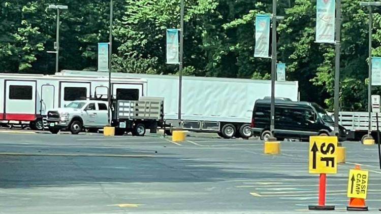 Crews film scenes for 'The Walking Dead' in Georgia