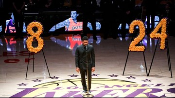 Usher sings 'Amazing Grace' before Lakers' first game since Kobe Bryant's death